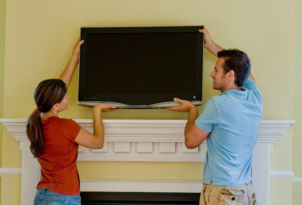 Most Recent Preston 66 Inch Tv Stands With Regard To How To Pack & Move Your Tv – Best Buy (View 15 of 20)