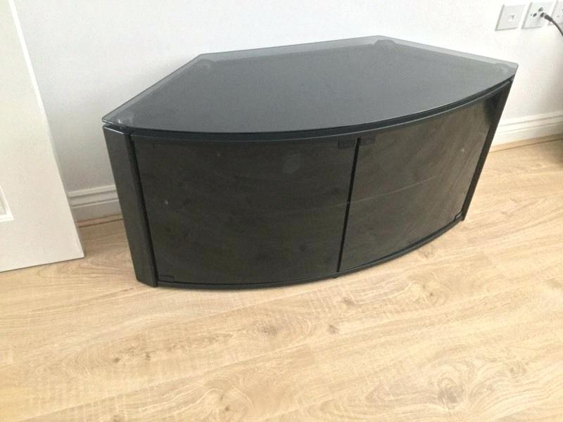 Most Up To Date Techlink Corner Tv Stand – Corner Designs Intended For Techlink Bench Corner Tv Stands (View 11 of 20)