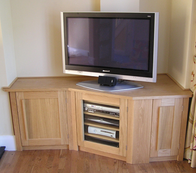 Oak Tv Corner Unit (Gallery 16 of 20)