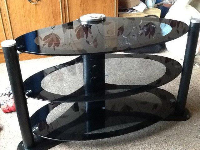 Featured Photo of Oval Glass Tv Stands