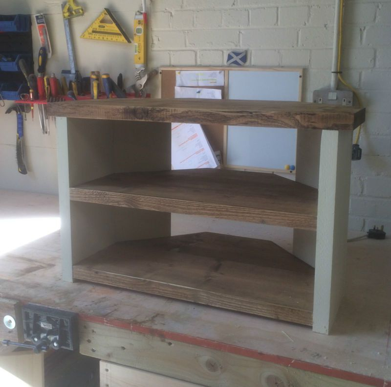 Pallet Tv Stands & Entertainment Centers Inside White Wood Corner Tv Stands (View 9 of 20)