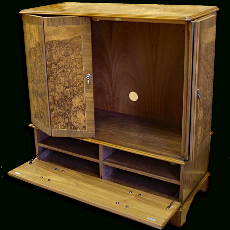Popular Enclosed Reproduction Tv Cabinet In Yew,mahogany,oak And Bespoke Inside Enclosed Tv Cabinets For Flat Screens With Doors (View 16 of 20)
