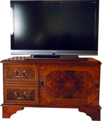 Popular Reproduction Dvd And Plasma Lcd Television Cabinets, Stands – Yew With Regard To Mahogany Tv Stands (View 14 of 20)