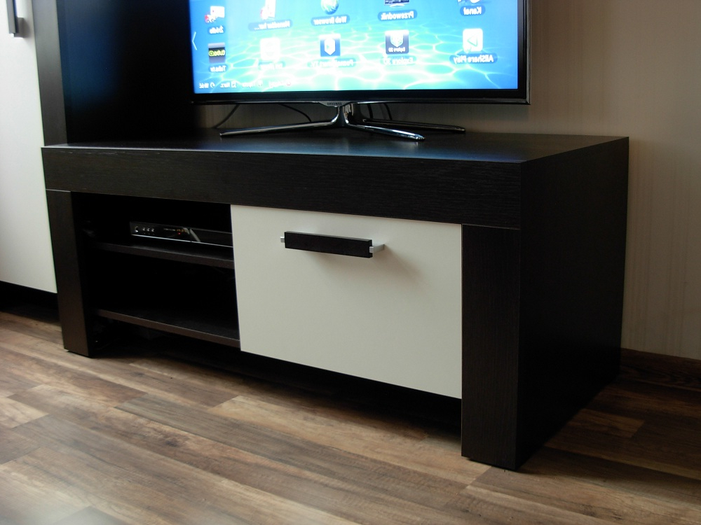 Popular Small Tv Cabinets Throughout Small Tv Cabinet All About Cabinet Design Ideas – Senja Cabinet (View 9 of 20)