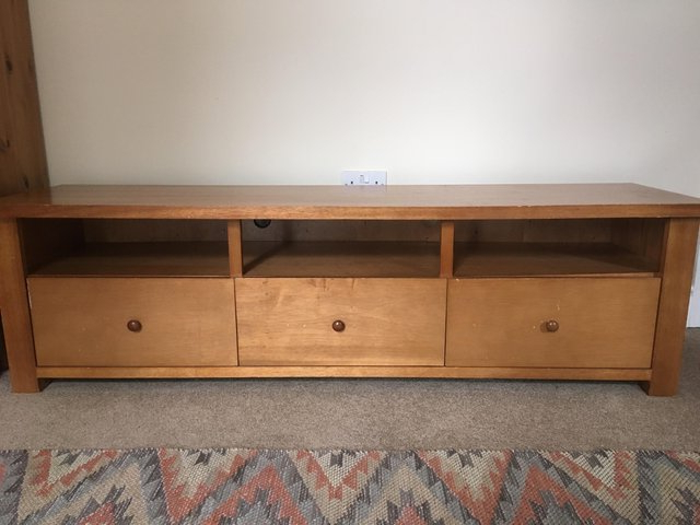 Preloved Regarding 2018 Long Tv Stands Furniture (View 17 of 20)
