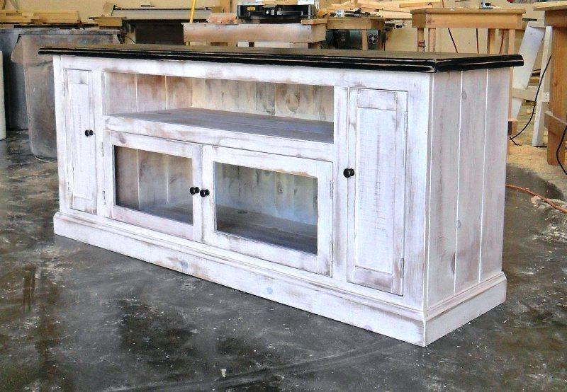 Recent Rustic White Tv Stands Regarding Appealing Rustic Tv Stand – Travelingdiffencescountry (Gallery 15 of 20)