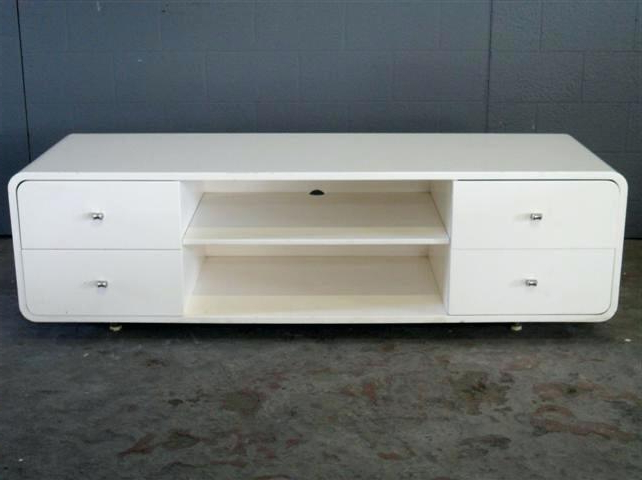 Round Tv Stand Stand With Rounded Edges Round Designs Fancy Corner With Regard To Latest Tv Stands With Rounded Corners (Gallery 11 of 20)