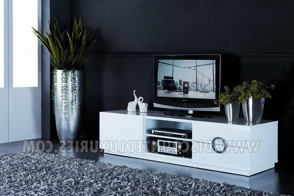 Royal Oxford 60 Inches Tv Stand – Discounted Luxuries Regarding Famous Oxford 60 Inch Tv Stands (Gallery 1 of 20)