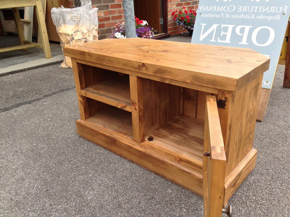 Rustic Pine Tv Cabinets In Most Popular Rustic Pine Tv Cabinet – Wolds Furniture Company (View 7 of 20)