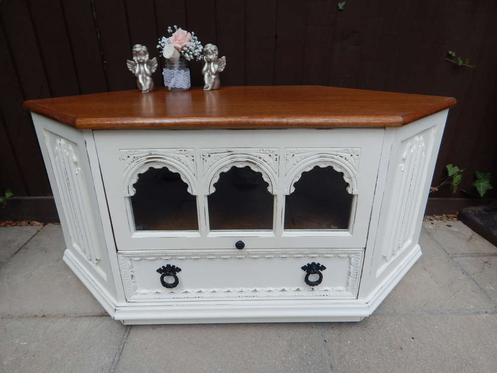 Shabby Chic Corner Tv Unit With Popular Gorgeous Solid Oak , Vintage , Shabby Chic Corner Tv Cabinet (View 16 of 20)