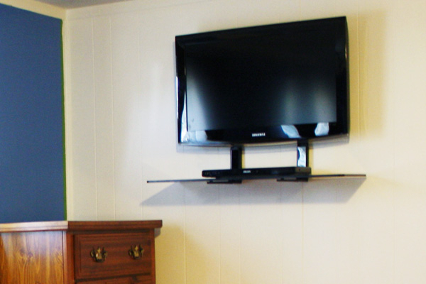 Shelves For Tvs On The Wall Regarding Fashionable Flat Screen Wall Mount With Shelves – Wall Ideas (View 8 of 20)