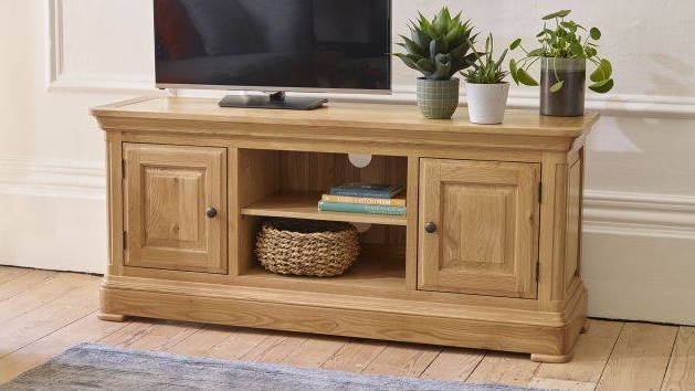 Solid Wood Tv Cabinets (View 9 of 20)