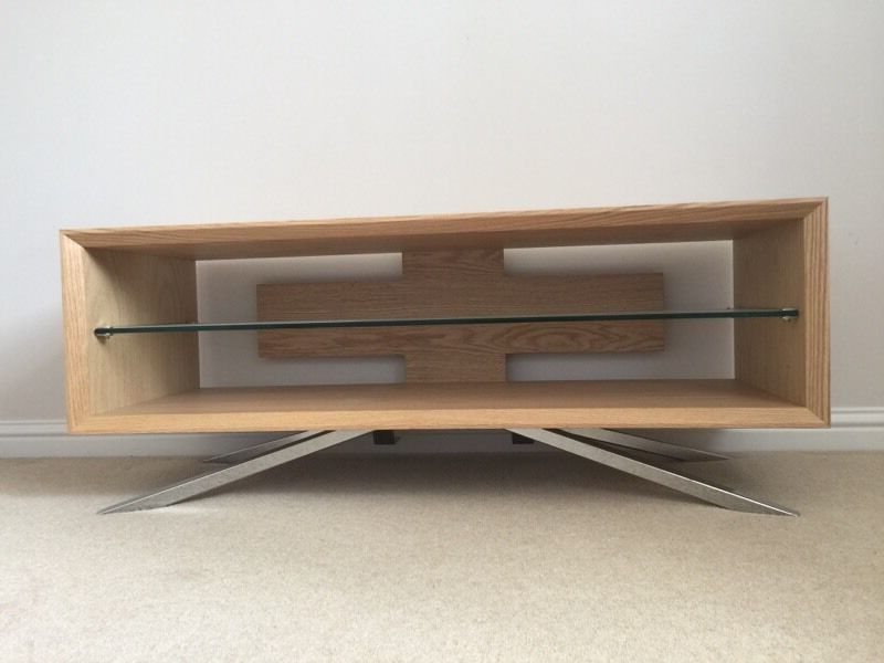 Techlink Arena Tv Stand – Light Oak/silver Stand (Gallery 6 of 20)