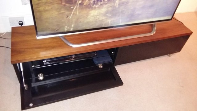 Techlink Panorama Walnut Tv Stand Unit For Sale In Bromley, Kent For Most Up To Date Techlink Panorama Walnut Tv Stands (View 15 of 20)
