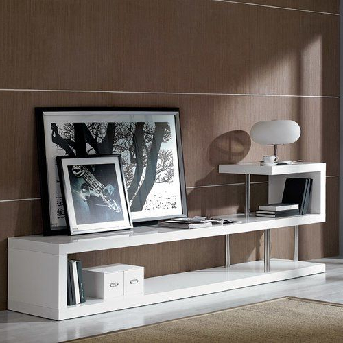 Wade Logan® Renville Tv Stand (View 18 of 20)