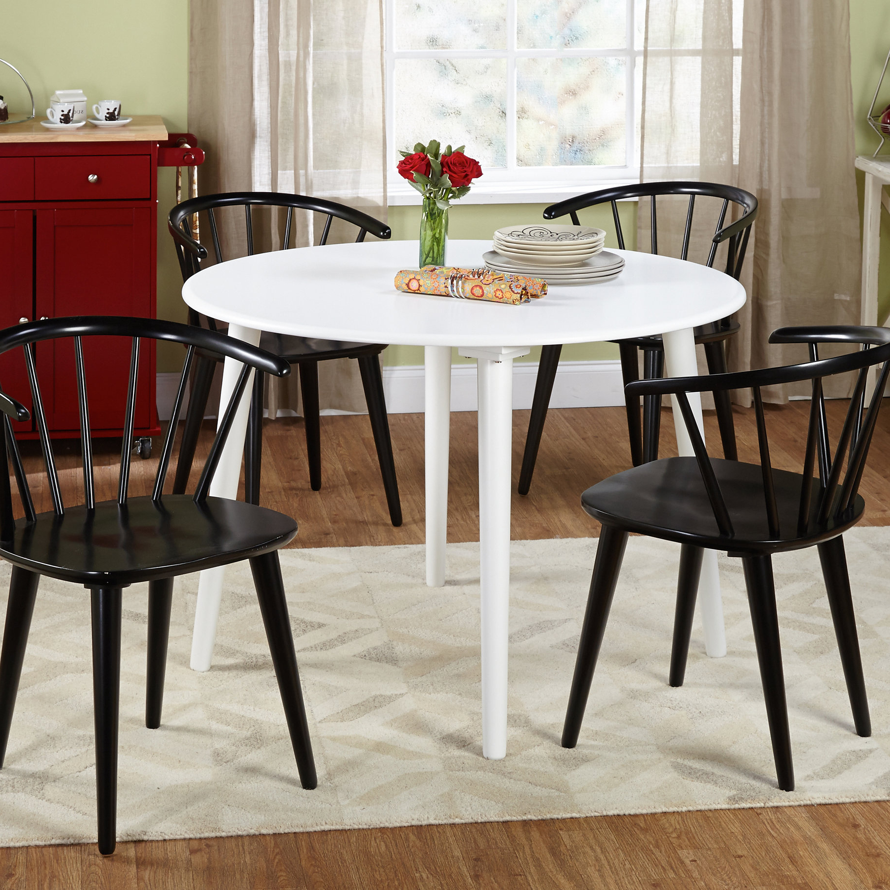 Fashionable Arielle 5 Piece Wood Dining Set With Regard To Tejeda 5 Piece Dining Sets (View 5 of 20)