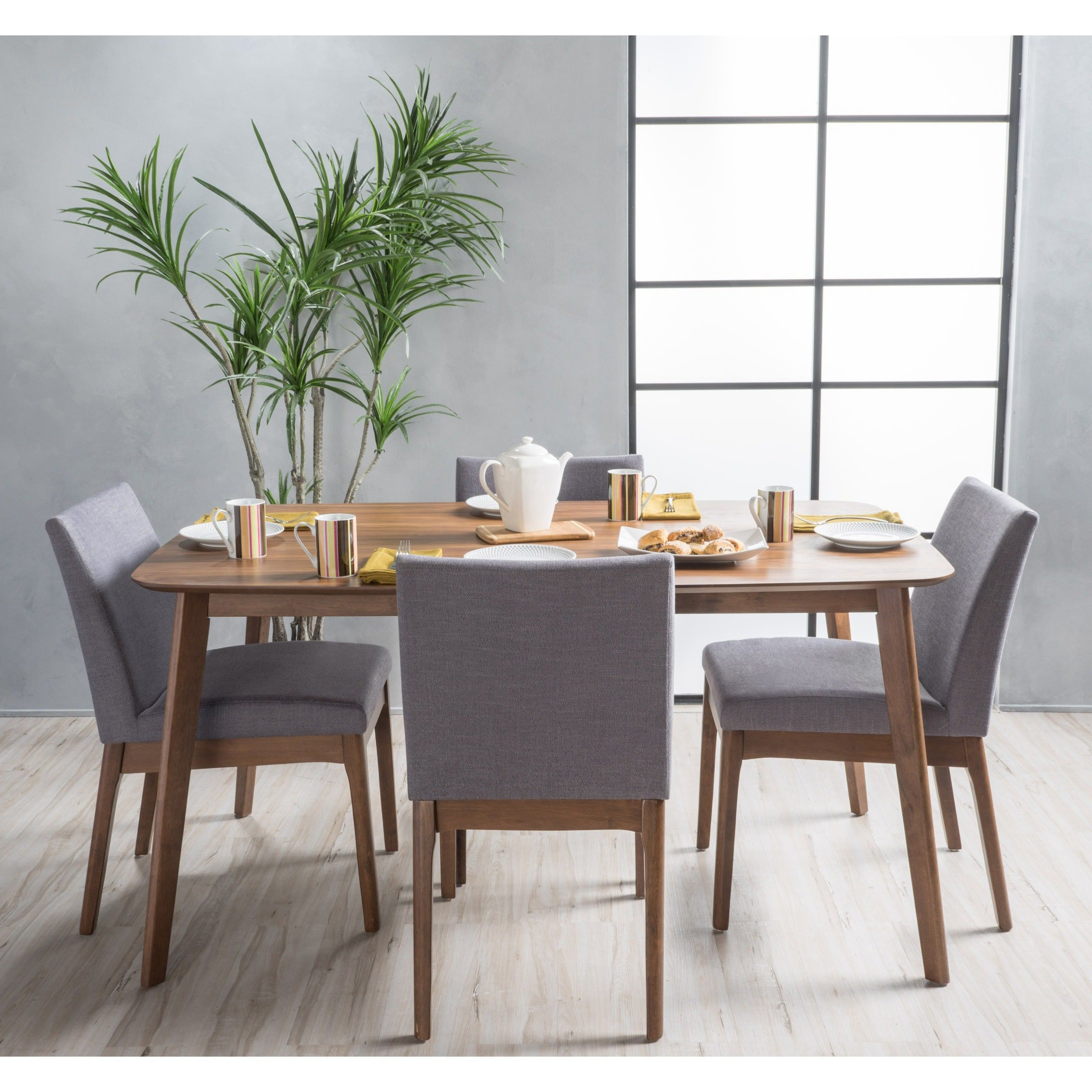 Most Current Tavarez 5 Piece Dining Sets Throughout Carson Carrington Kotka Mid Century 5 Piece Dining Set (View 8 of 20)