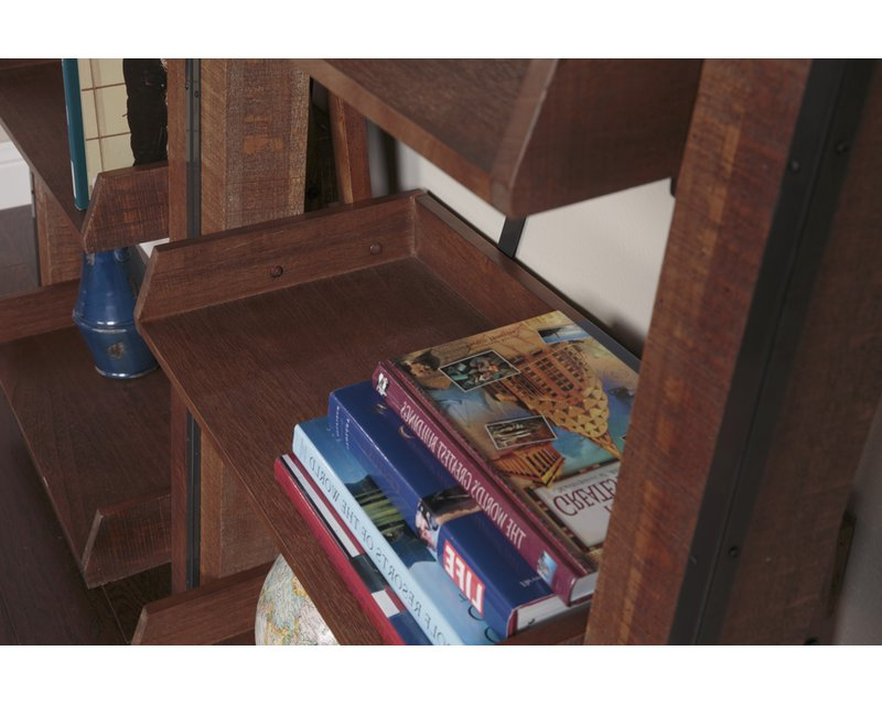 Popular Leandra Ladder Bookcases With Regard To Leandra Ladder Bookcase (View 7 of 20)