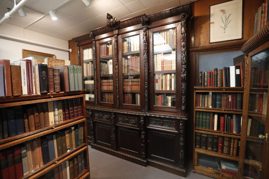 Well Known Marilee Library Bookcases Inside A New Beginning – In North Tonawanda – For Old Editions Book (View 18 of 20)