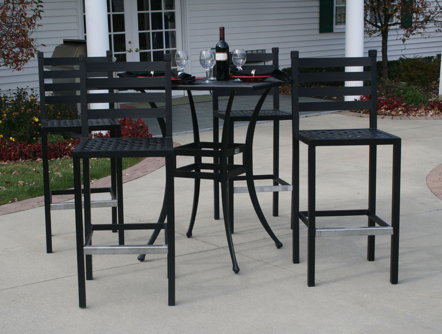 2018 Ansley Luxury 4 Person All Welded Cast Aluminum Patio Within Patio Square Bar Dining Tables (View 8 of 30)