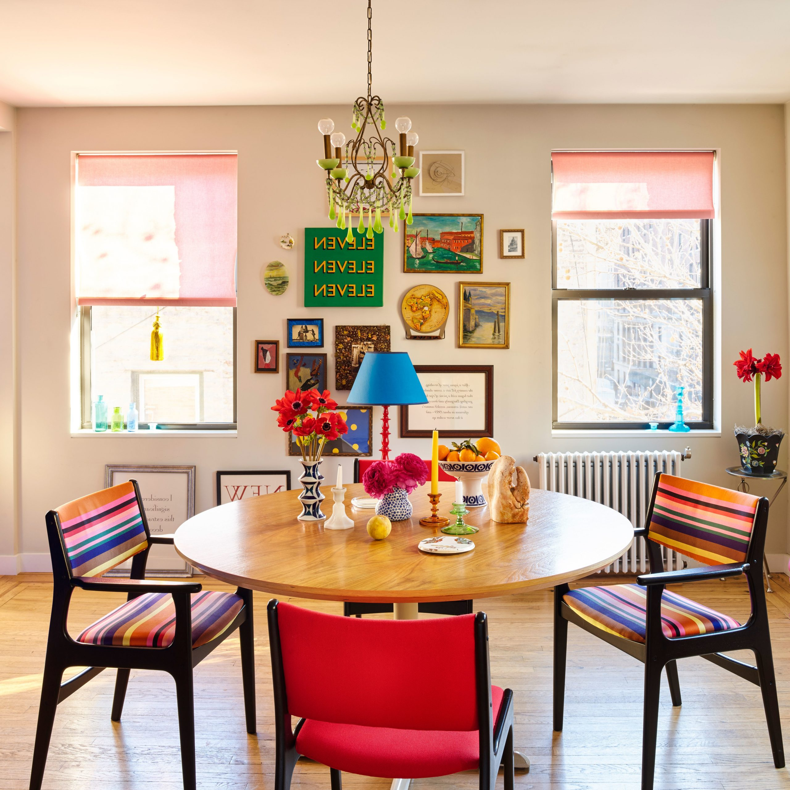 22 Dining Room Decorating Ideas With Photos (View 2 of 30)