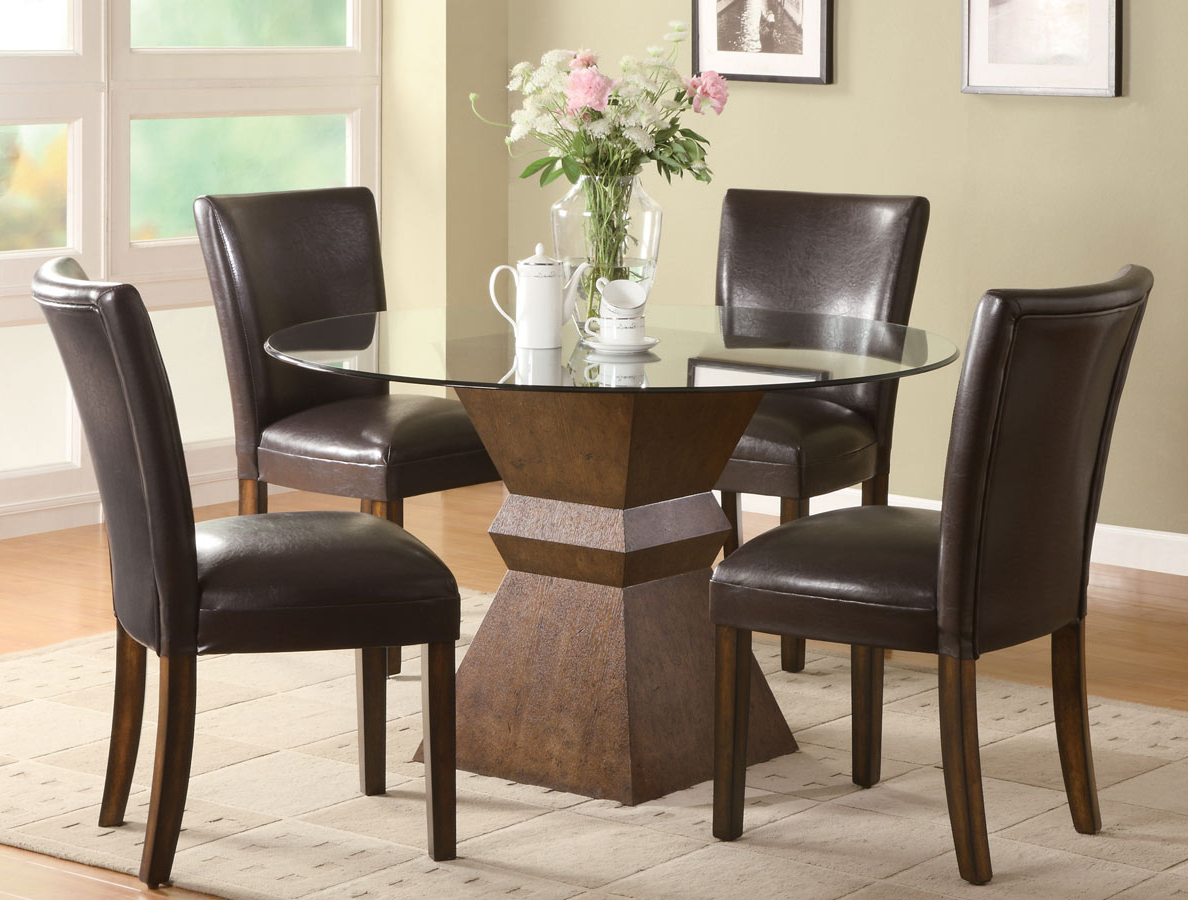 Chair: 58 Remarkable Small Dining Room Table And Chairs (View 19 of 30)