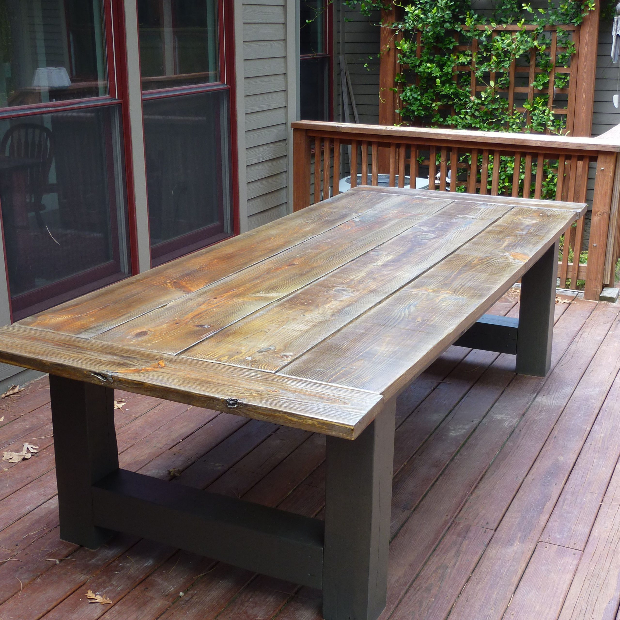 Country Dining Tables With Weathered Pine Finish For 2018 Outdoor Farmhouse Table (View 10 of 30)