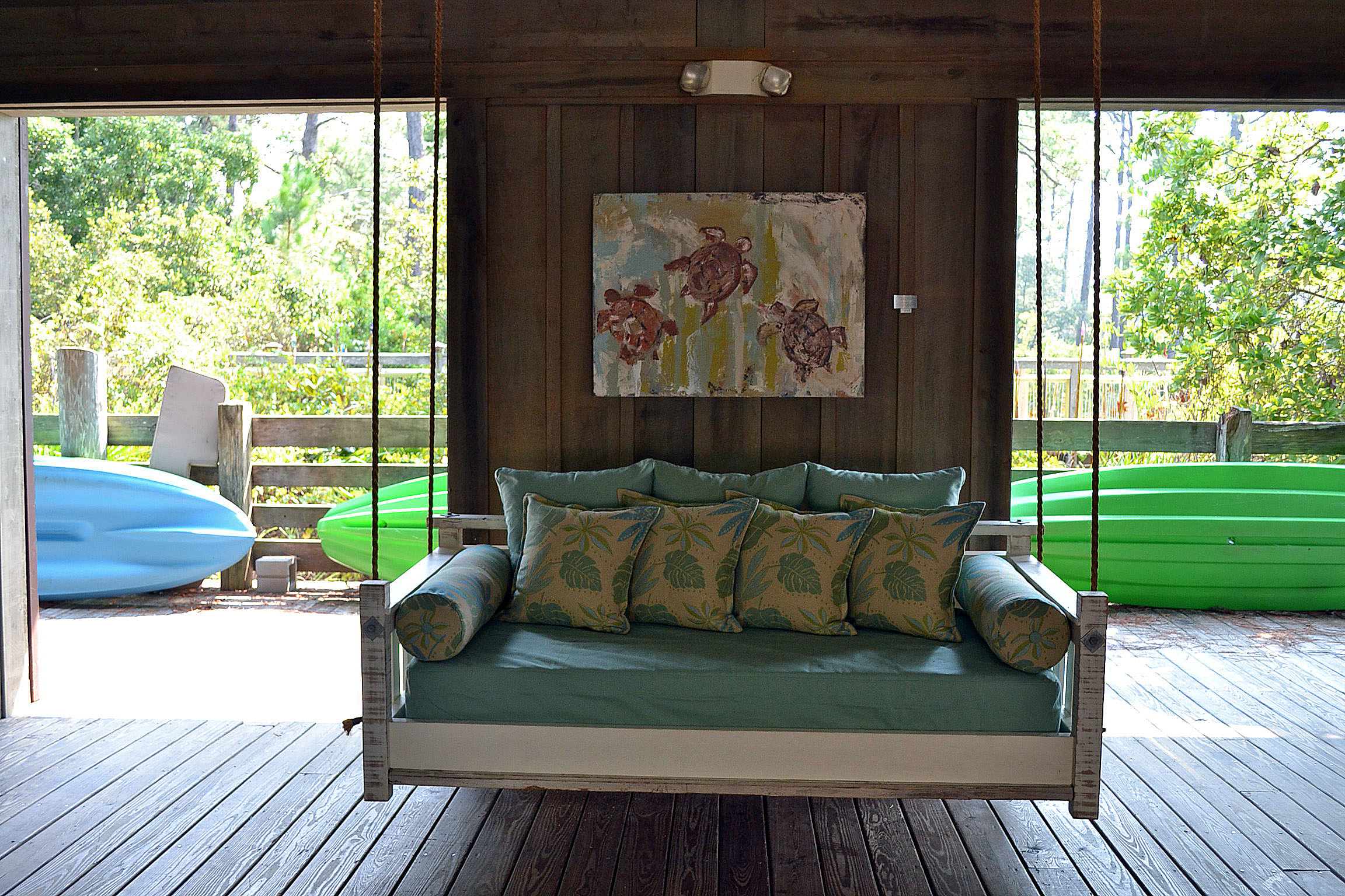 Daybed Porch Swings With Stand Inside Well Known Inspirations: Enjoy Your All Day With Cozy Wooden Porch (View 20 of 30)