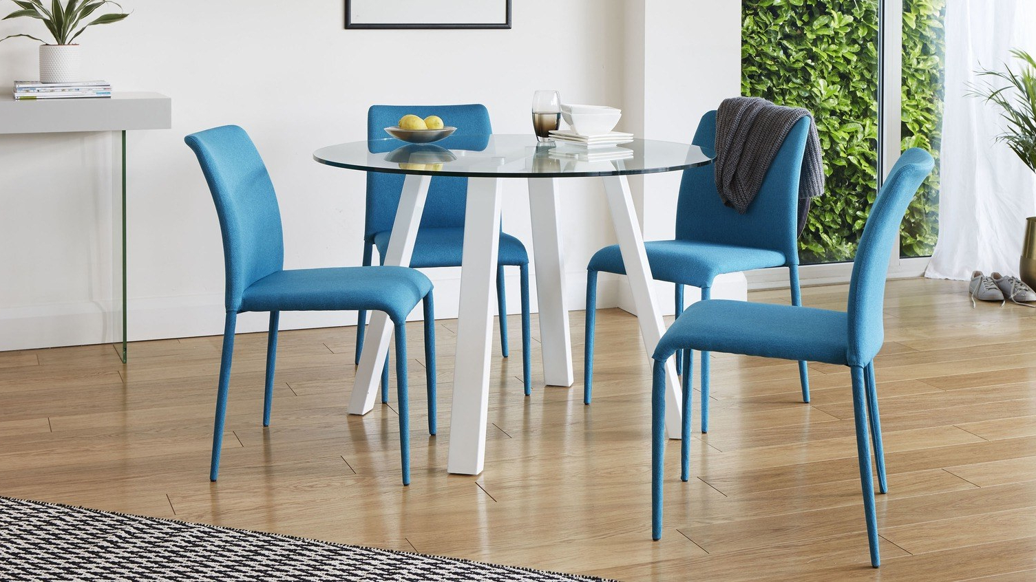 Dining Table Guide: How To Choose The Perfect Dining Table For Preferred 4 Seater Round Wooden Dining Tables With Chrome Legs (View 16 of 30)