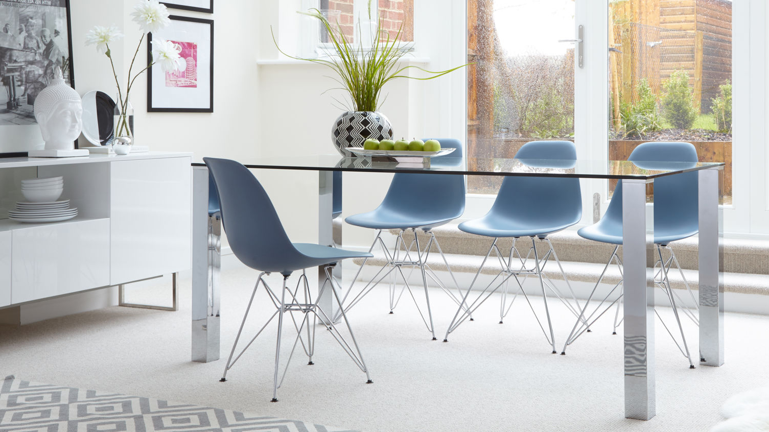 Eames Wire Frame Dining Set Uk (View 11 of 30)