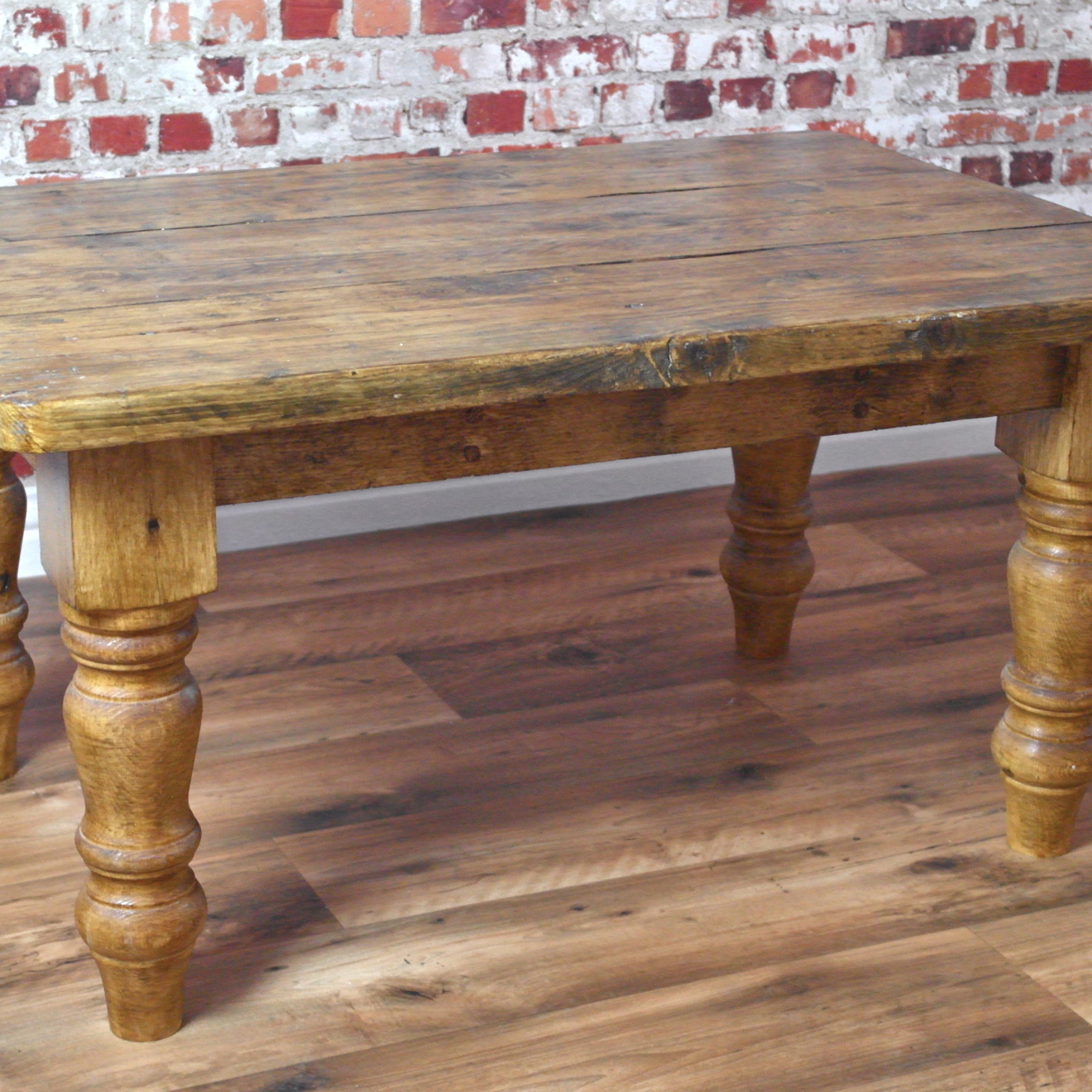 Famous Large Rustic Look Dining Tables Regarding Large Reclaimed Wood Dining Table Choice Image – Round (View 14 of 30)
