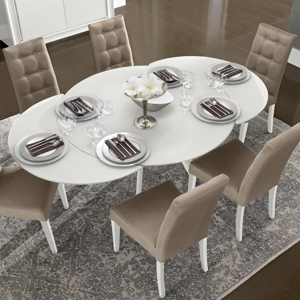 Famous Solid Wood Circular Dining Tables White With Regard To Bianca White High Gloss & Glass Round Extending Dining Table (View 29 of 30)