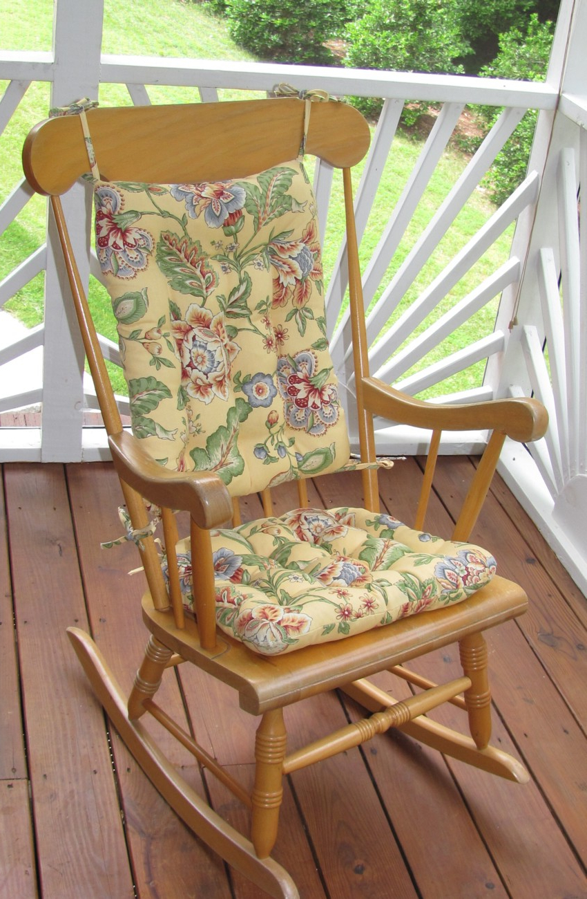 Fashionable Decor: Comfortable Chair Cushion For Furnishing Your With Regard To Rocking Benches With Cushions (View 4 of 30)