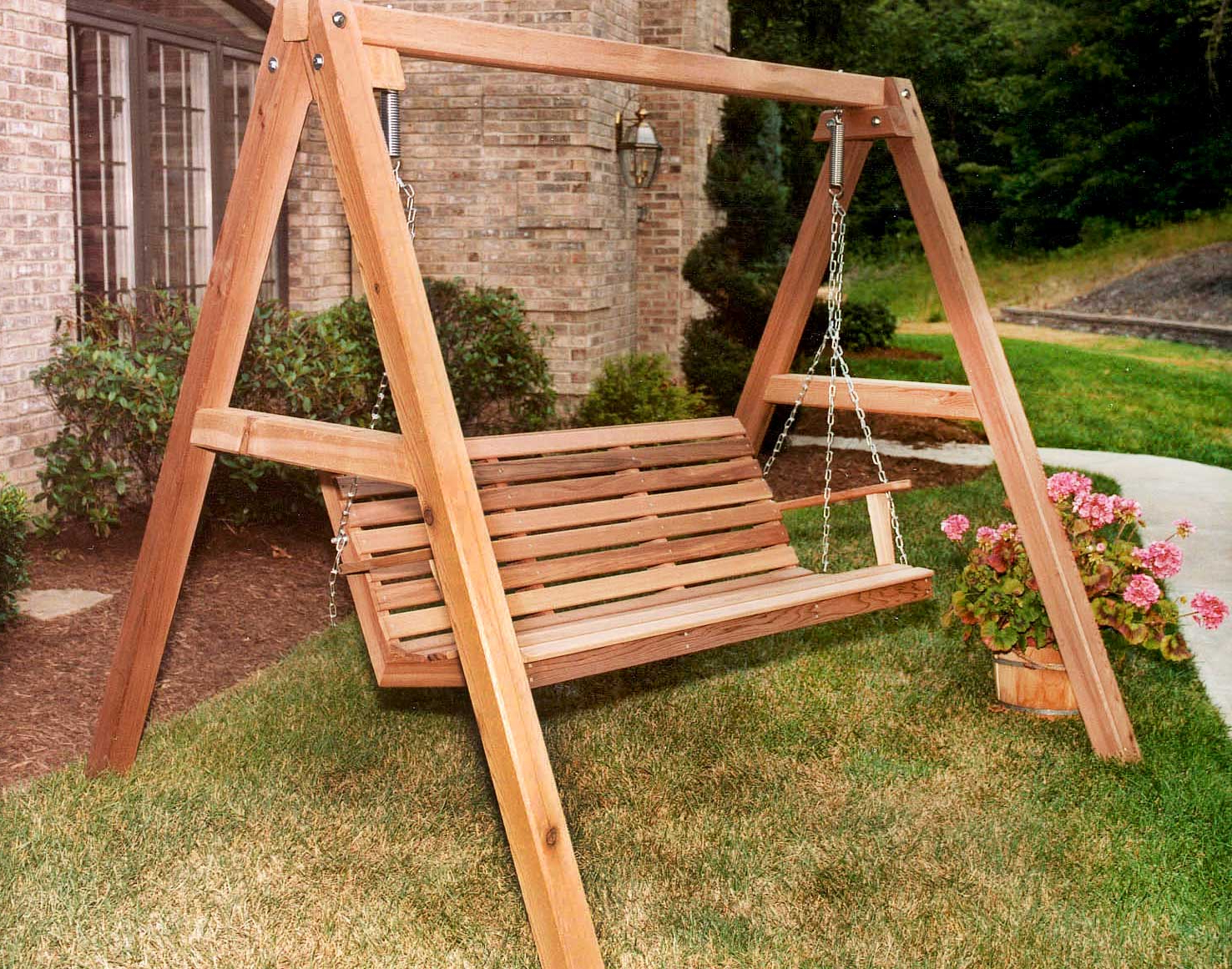 Fashionable Red Cedar American Classic Porch Swing W/stand Pertaining To Porch Swings With Stand (View 3 of 30)