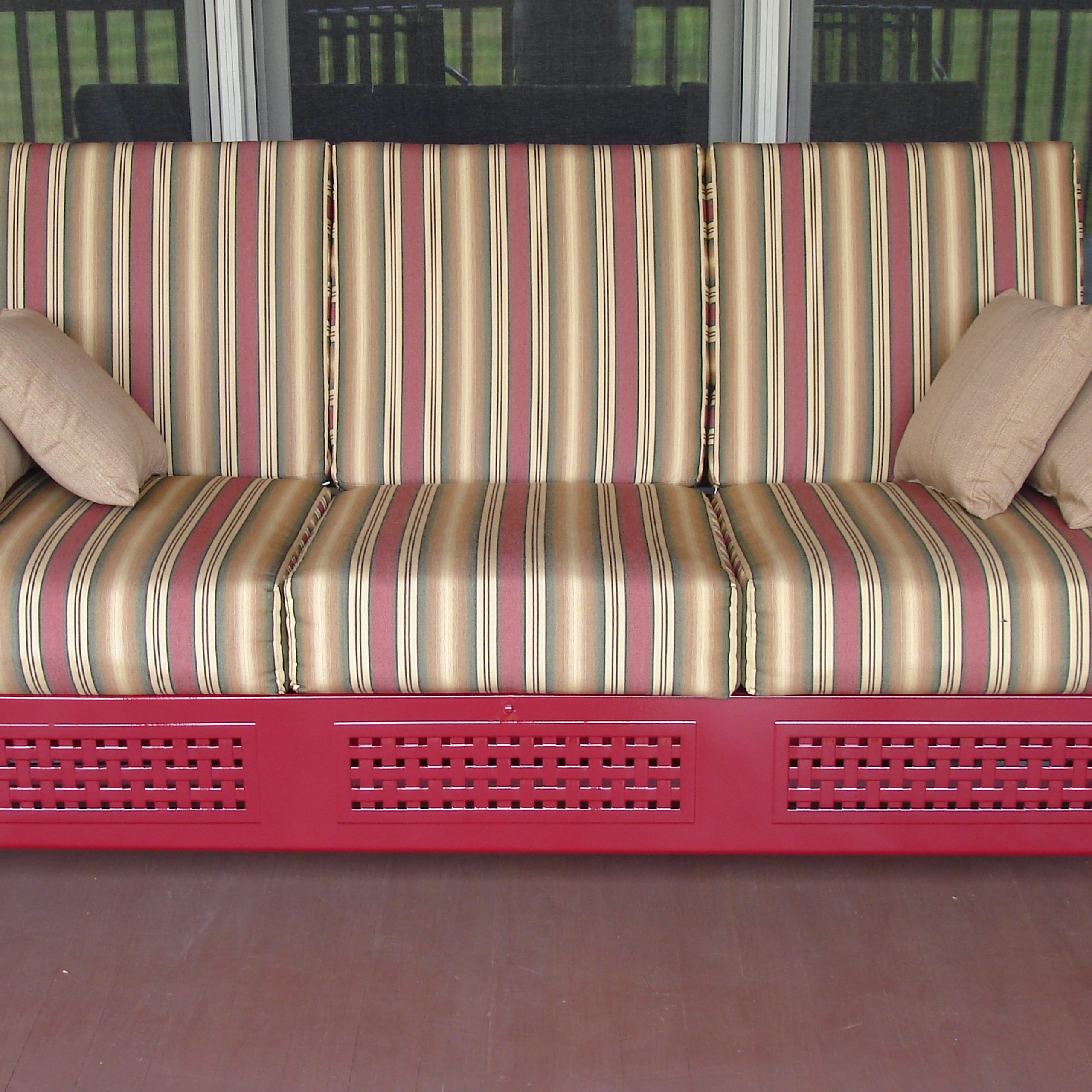Favorite Cushioned Glider Benches With Cushions Pertaining To Decorating: Attractive Tropitone Furniture For Bed Patio And (Gallery 23 of 30)
