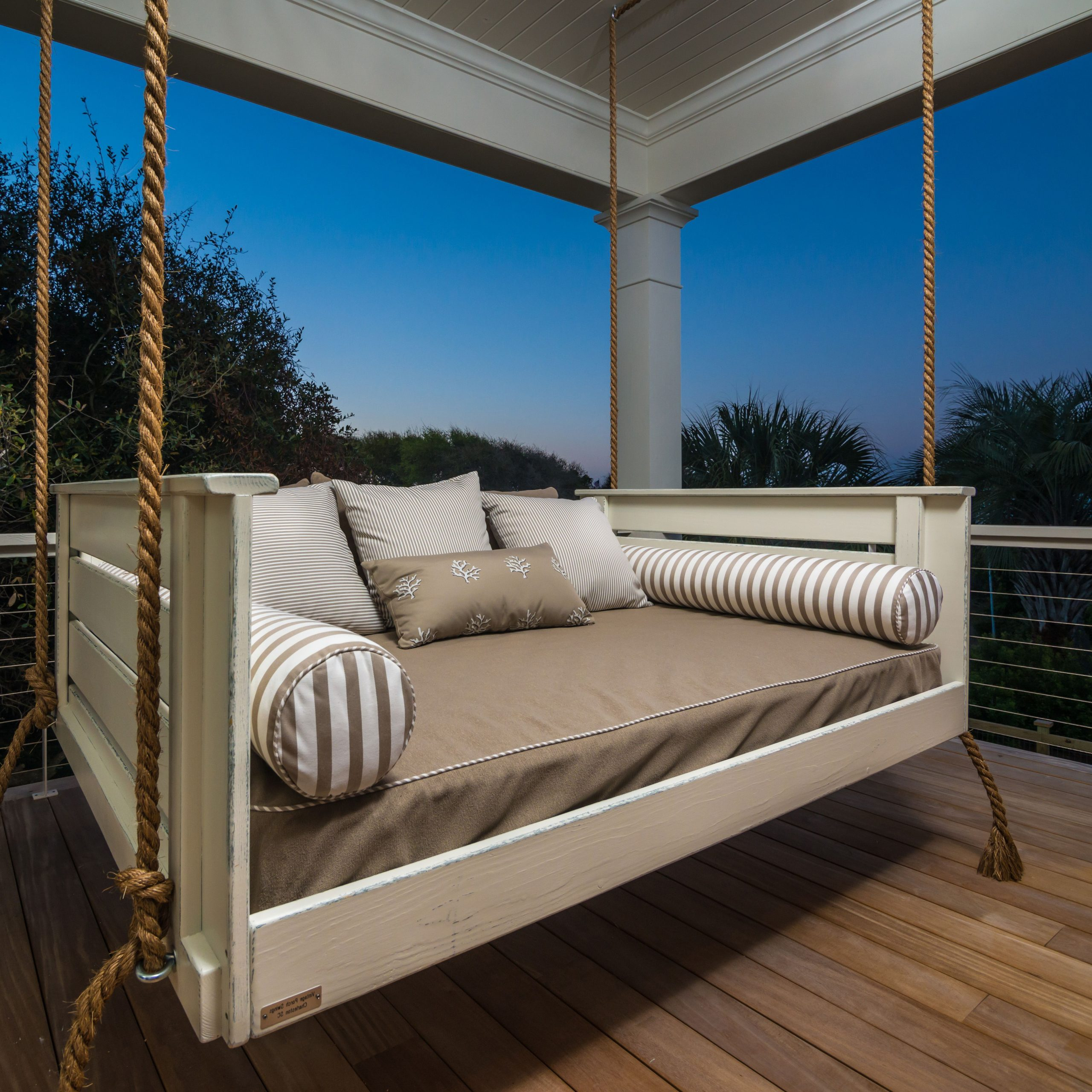 Hanging Daybed Rope Porch Swings For Favorite New Hanging Daybed Swing – New Design Model (View 12 of 30)