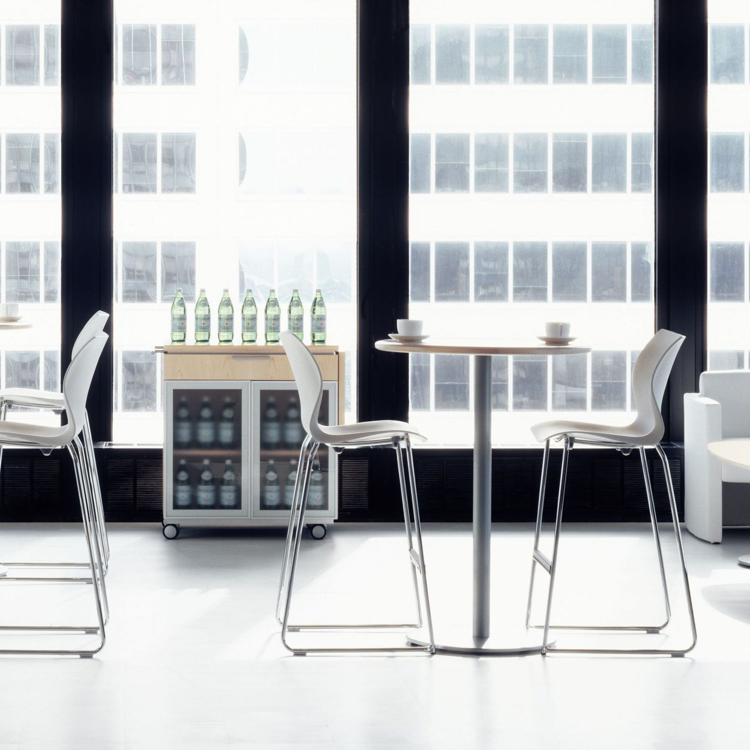 Latest Contemporary High Bar Table / Mdf / Wood Veneer / Laminate Throughout Chrome Contemporary Square Casual Dining Tables (View 15 of 30)