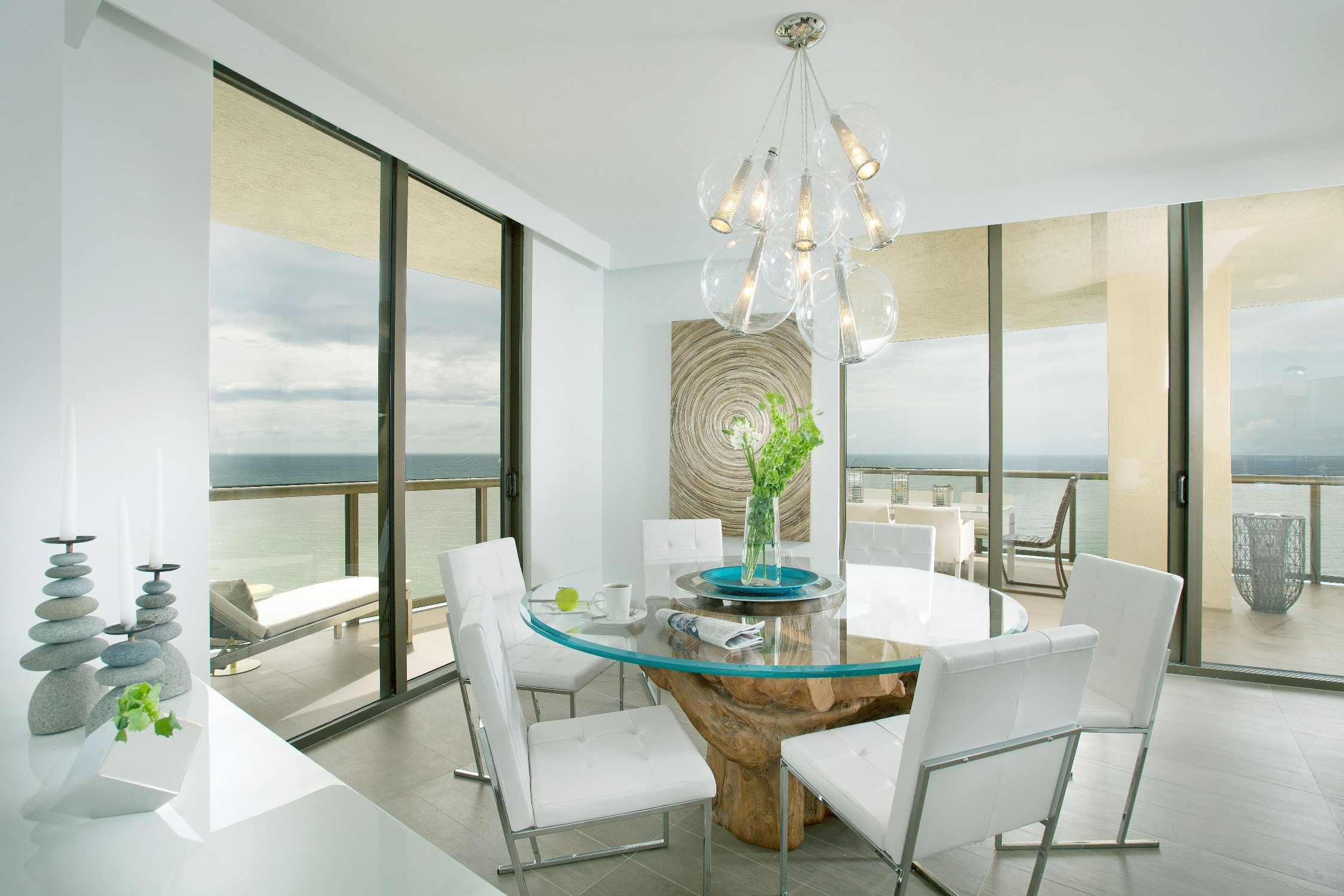 Latest Dining Room:captivating White Beach Themed Dining Room Ideas For Glass Top Condo Dining Tables (View 16 of 30)
