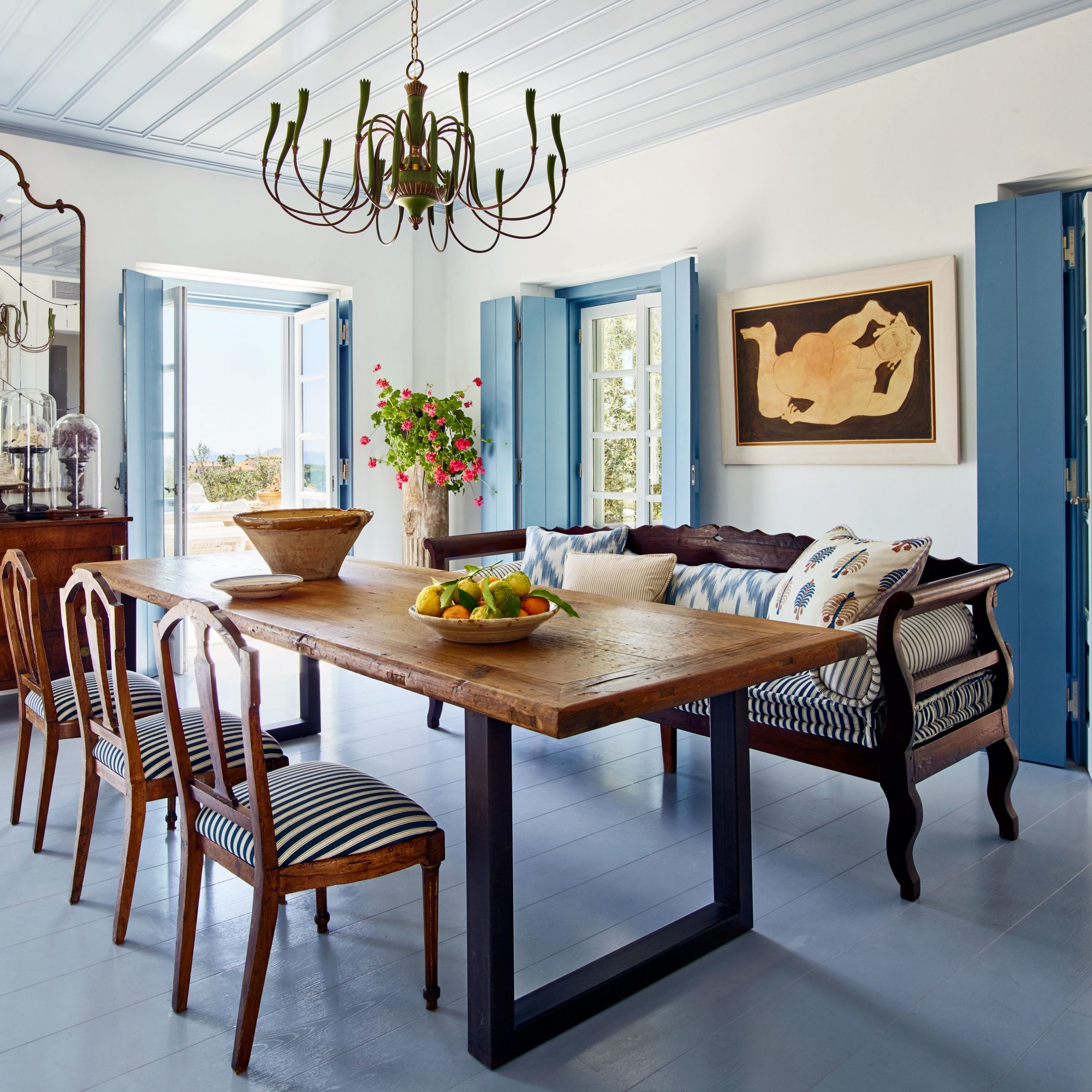 Latest Tips To Mix And Match Dining Room Chairs Successfully Throughout Walnut And Antique White Finish Contemporary Country Dining Tables (View 9 of 30)