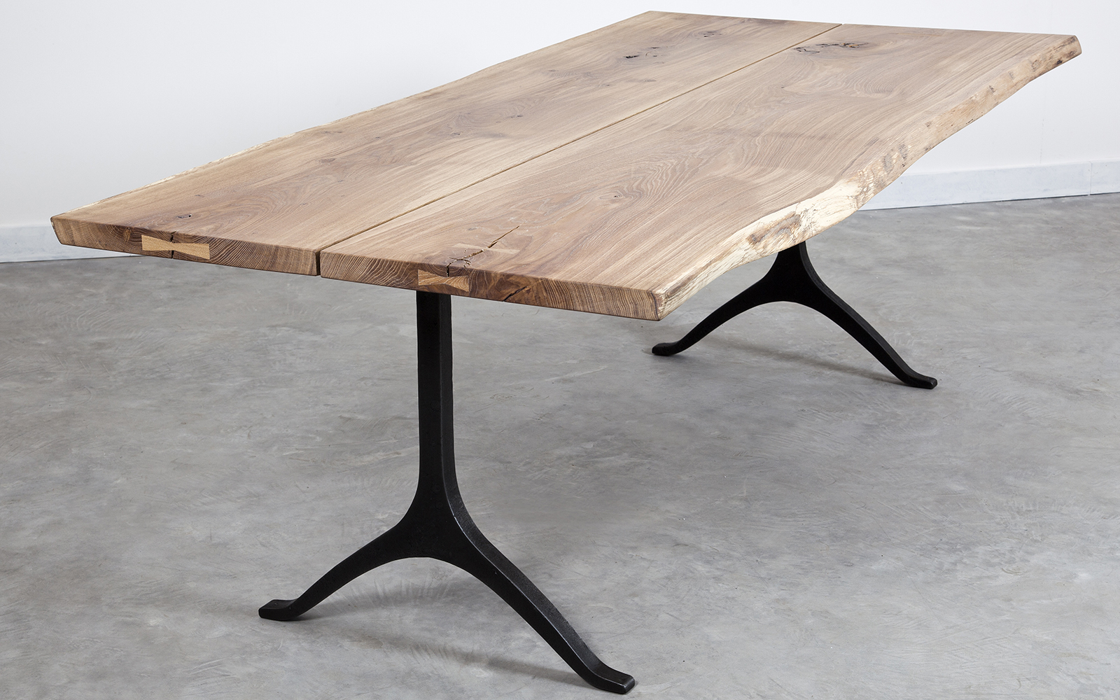 Live Edge Tables For Dining Tables In Smoked Seared Oak (View 9 of 30)