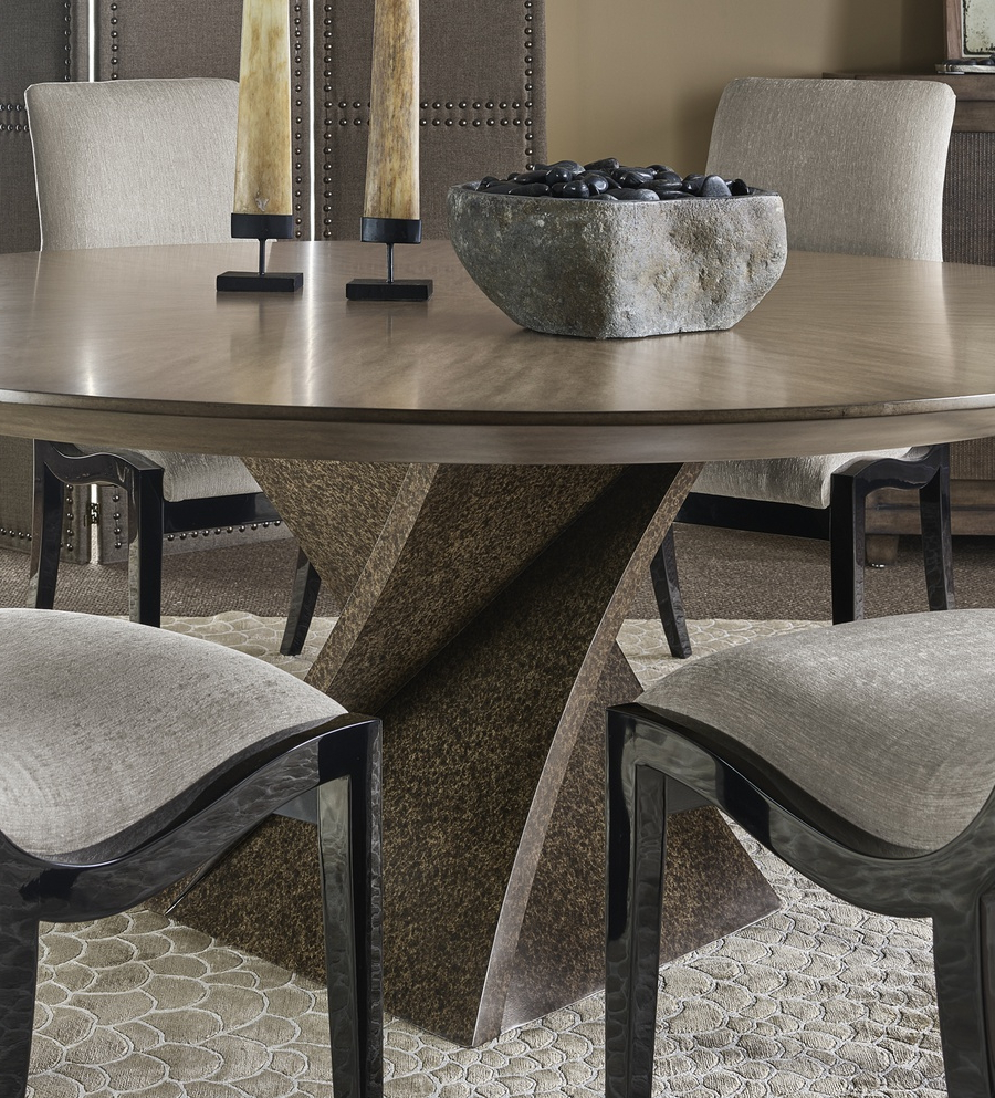 Marge Carson With Eclipse Dining Tables (View 13 of 30)
