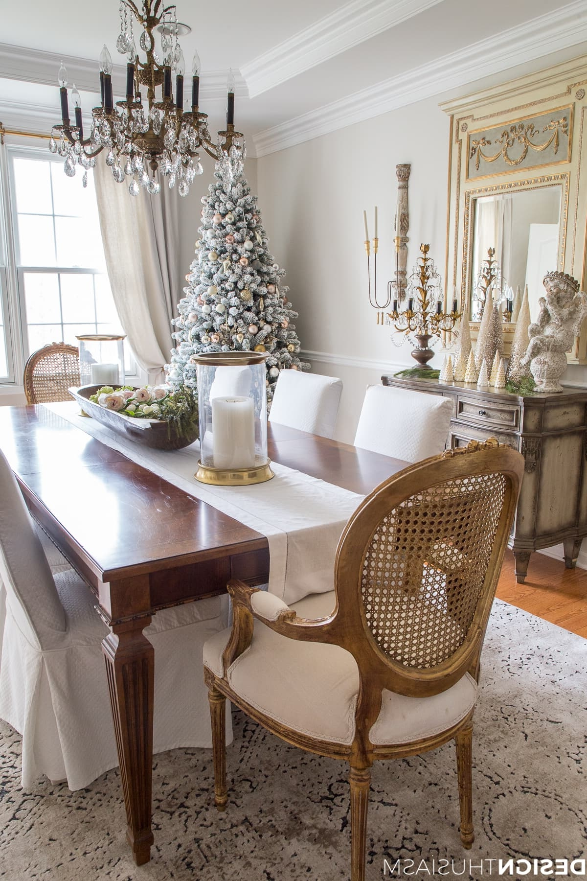 Medium Elegant Dining Tables Within Trendy Elegant Holiday Decorating Ideas Dining Room – Saltandblues (View 4 of 30)