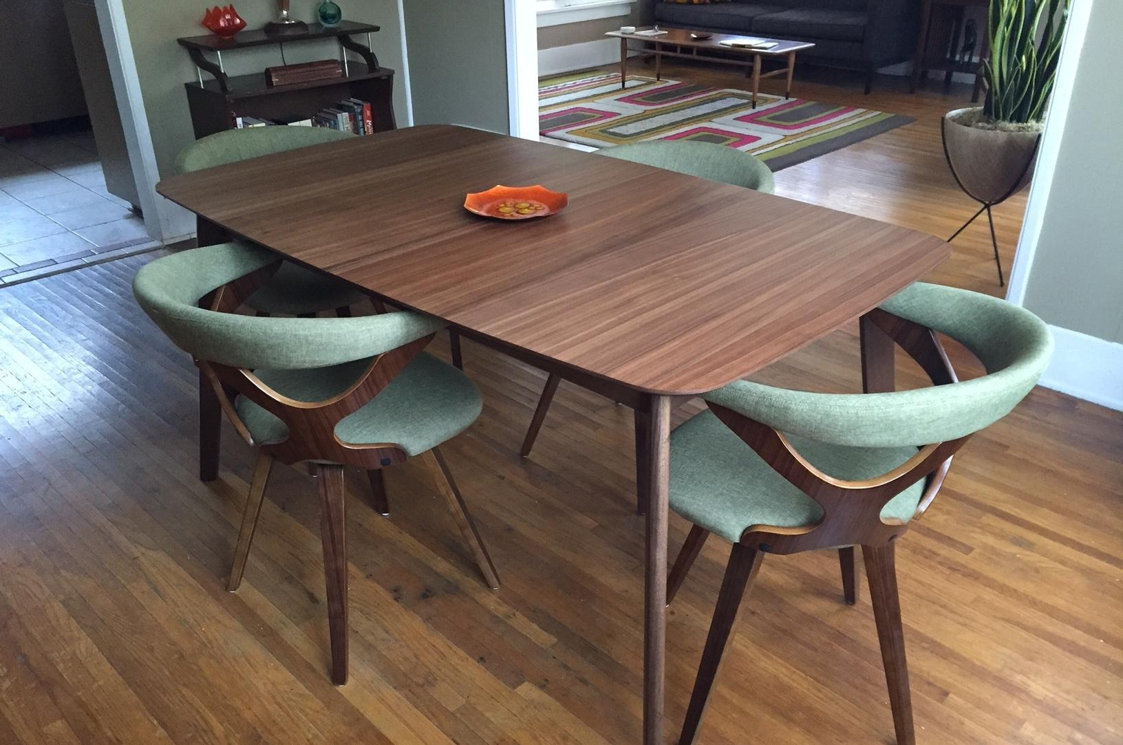 Mix And Match Is The Modern Way To Furnish A Dining Room Regarding Famous Mid Century Rectangular Top Dining Tables With Wood Legs (View 19 of 30)