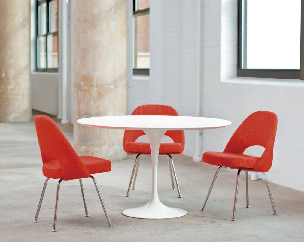 Most Current Furniture Saarinen Dining Table, Elegant Knoll Saarinen With Medium Elegant Dining Tables (Gallery 23 of 30)