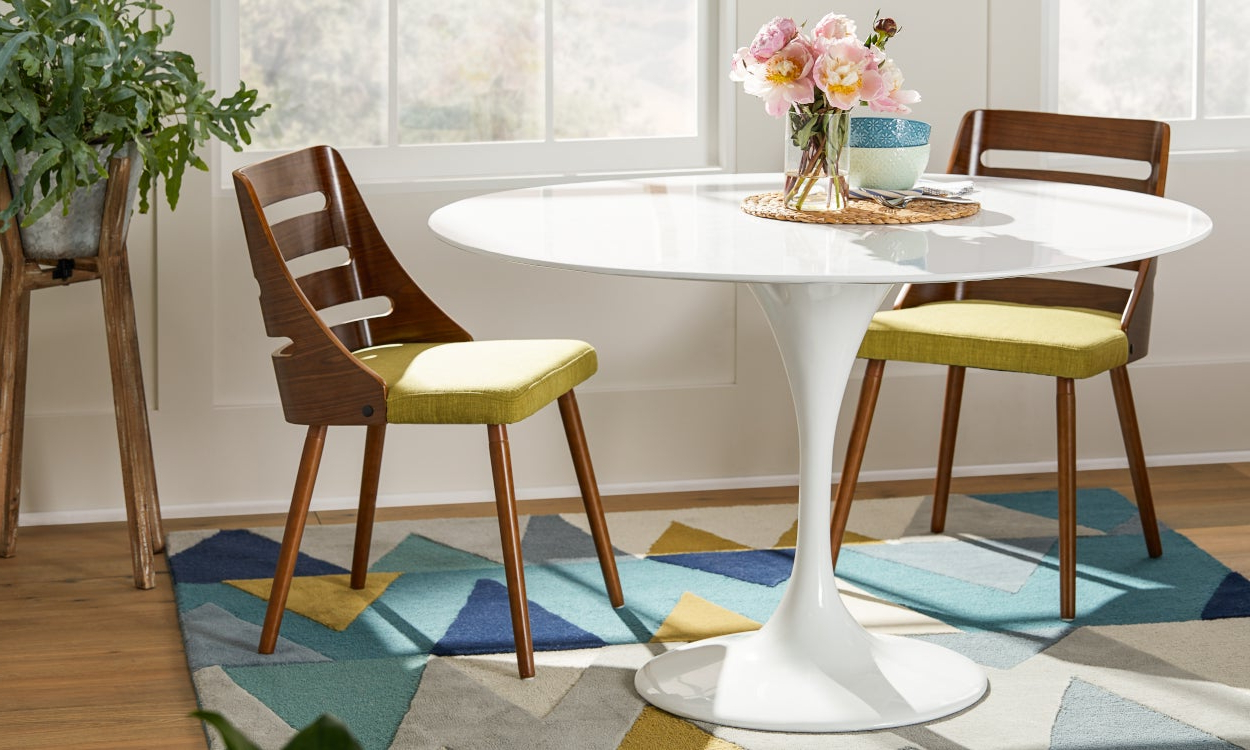 Most Current Retro Round Glasstop Dining Tables Throughout Best Small Kitchen & Dining Tables & Chairs For Small Spaces (View 19 of 30)