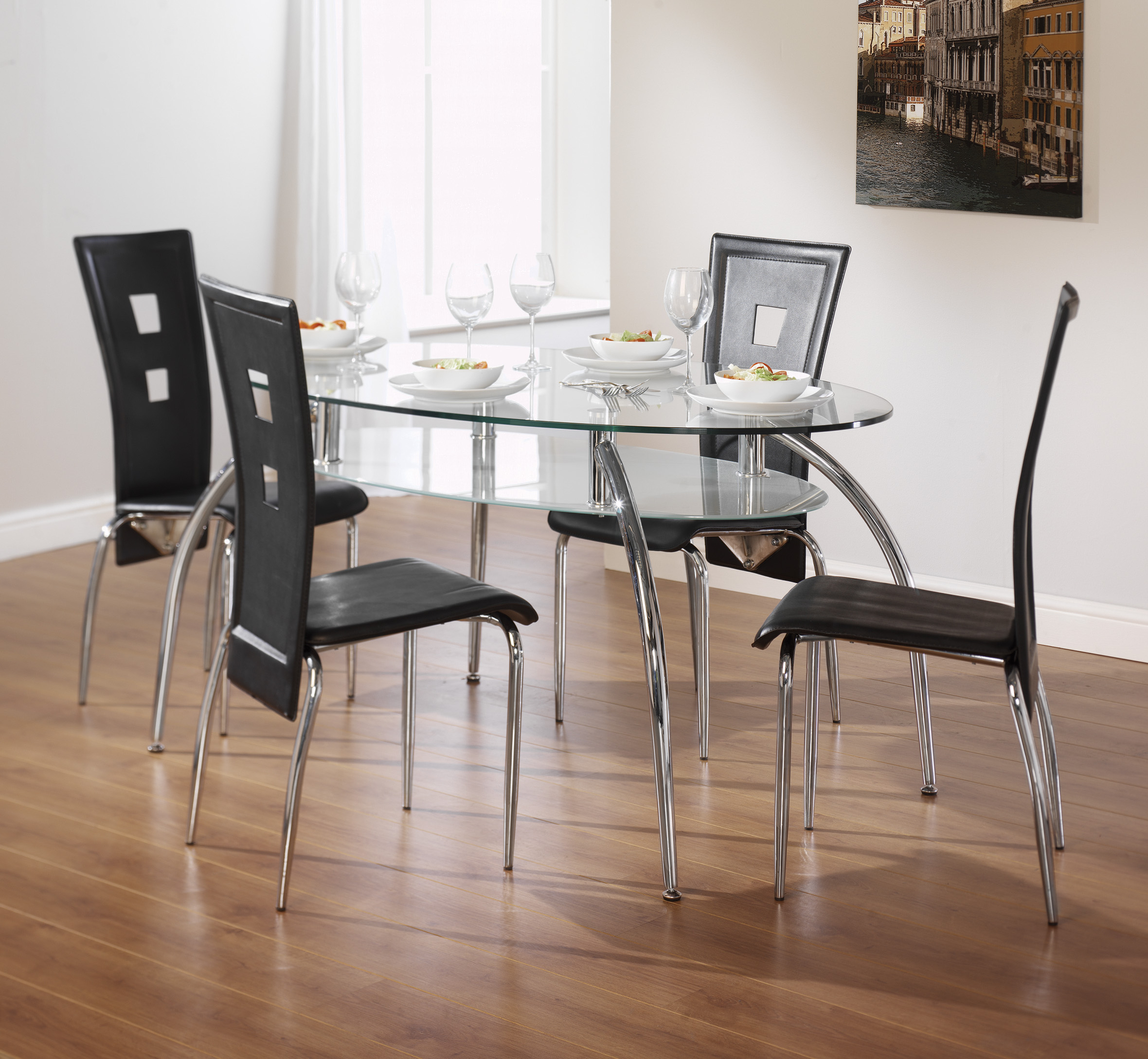 Most Recent Dining Tables At Aintree Liquidation Centre Intended For 4 Seater Round Wooden Dining Tables With Chrome Legs (View 7 of 30)