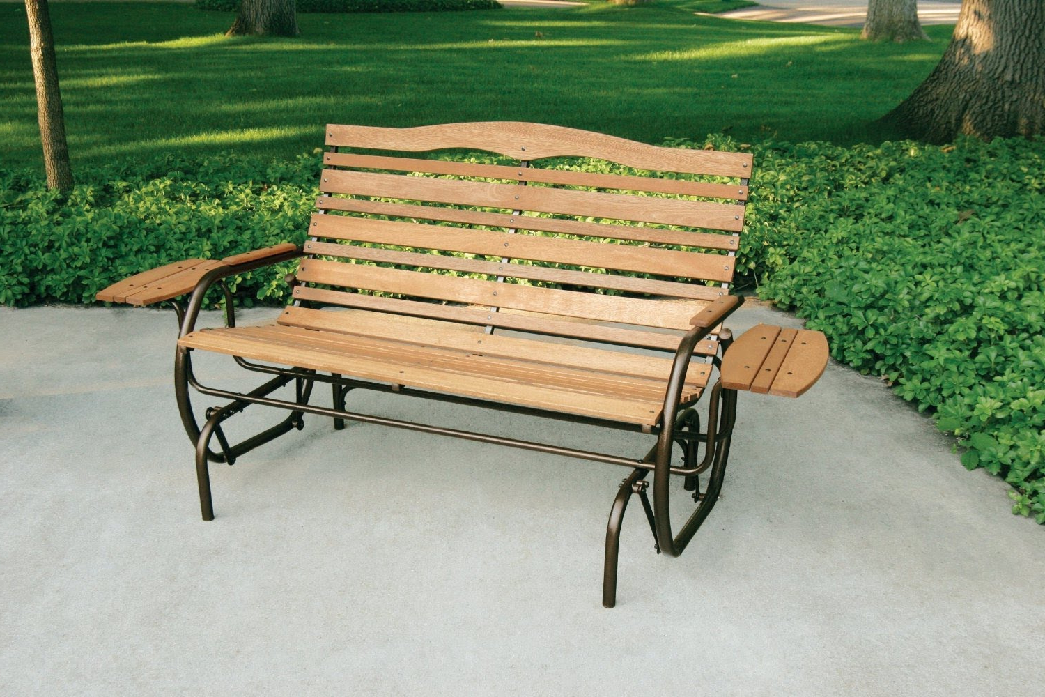 Most Recently Released Iron Double Patio Glider Benches Intended For Furniture: Jack Post Country Garden Porch Glider With Tray (View 23 of 30)
