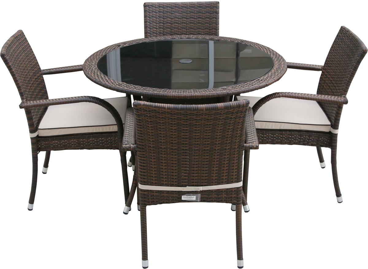 Most Up To Date Modern Round Glass Top Dining Tables Regarding Modern Round Glass Top Dining Table With Steel Legs Combined (View 21 of 30)