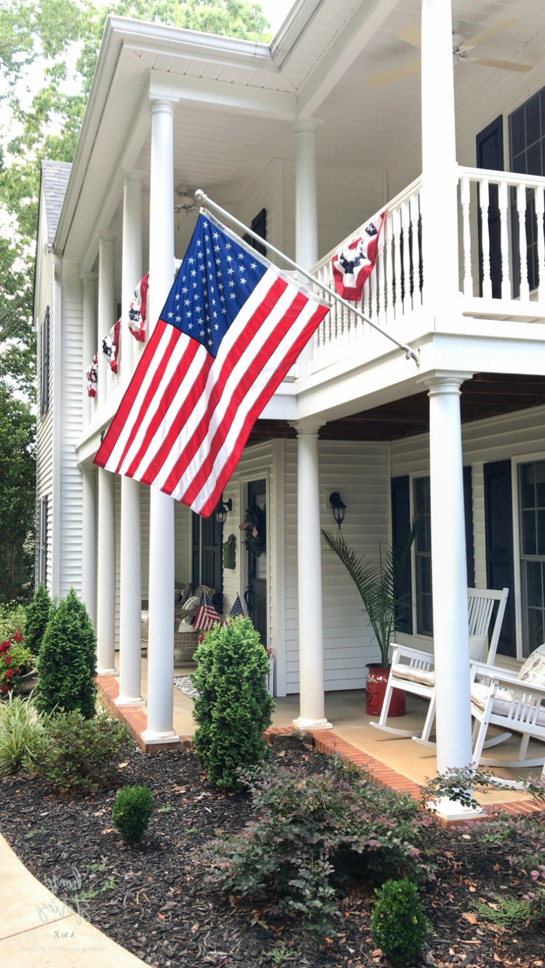 Popular 24 Patriotic Themed Ideas For Summer Inside American Flag Porch Swings (View 25 of 30)