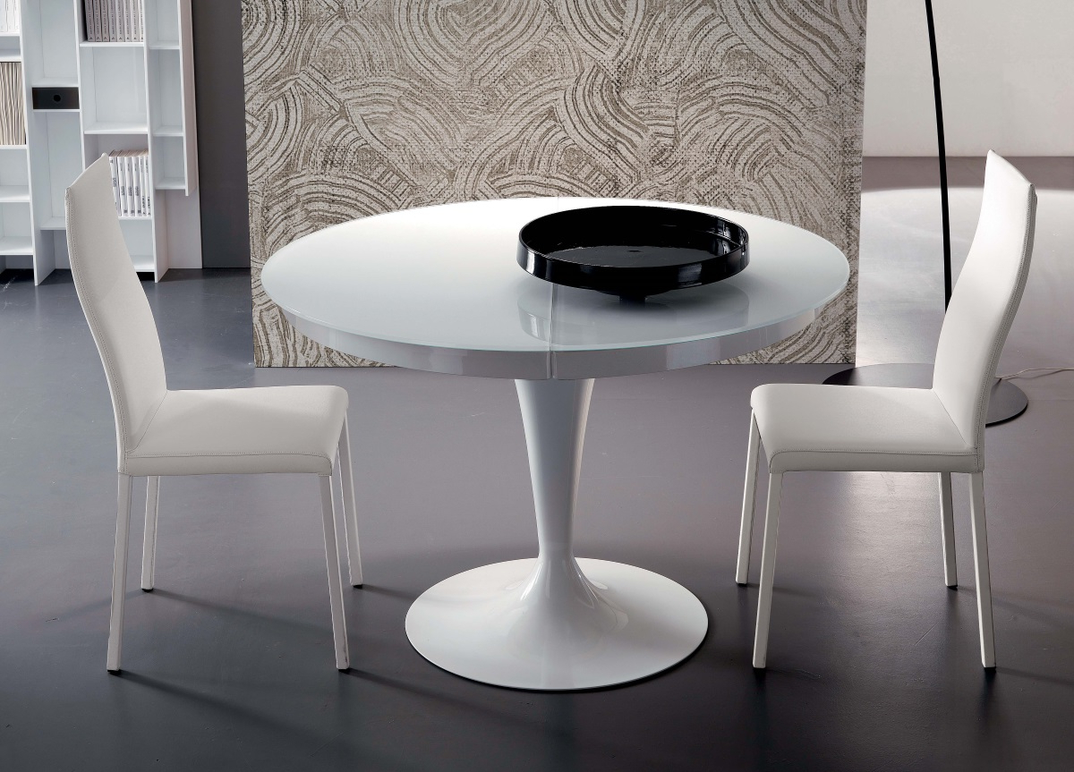 Preferred Eclipse Dining Tables Inside Ozzio Eclipse Round Extending Dining Table (View 10 of 30)